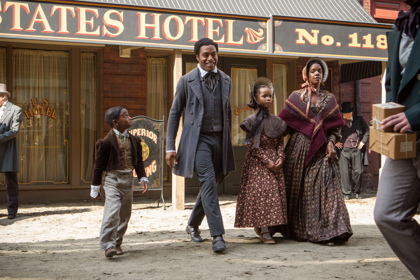 -12-Years-a-Slave-period-drama-fans-35976597-1400-934