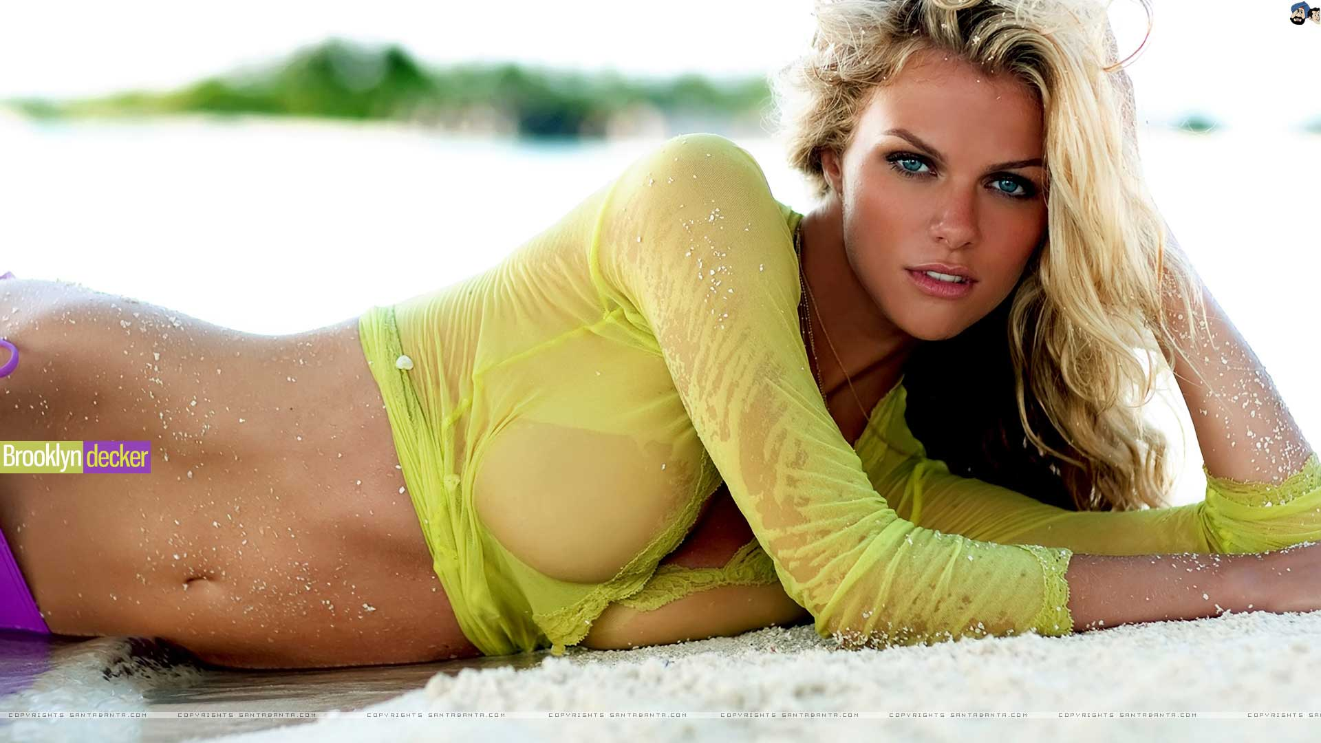 Women-Brooklyn-Decker