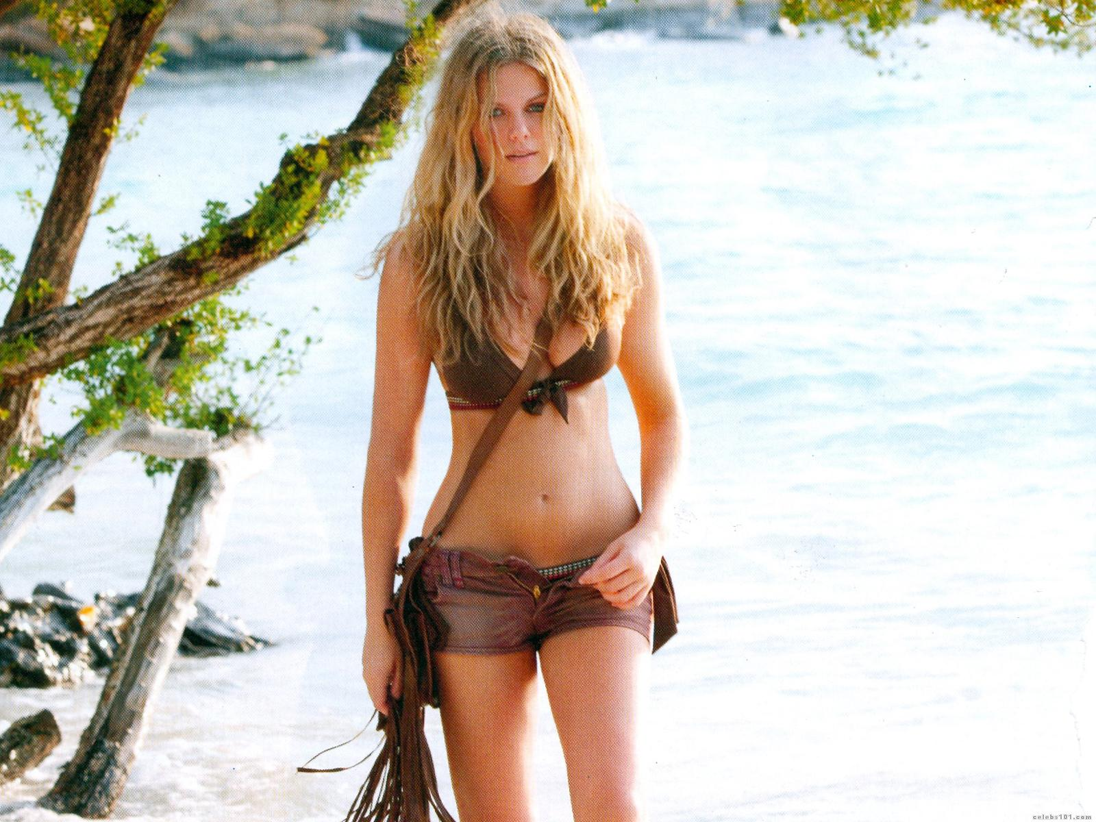 brooklyn-decker-hot-wallpaper