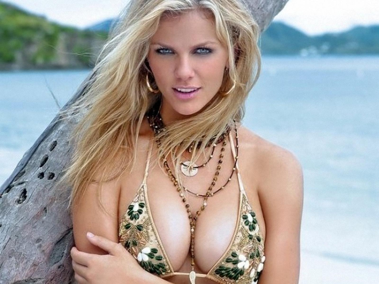brooklyn-decker-hot