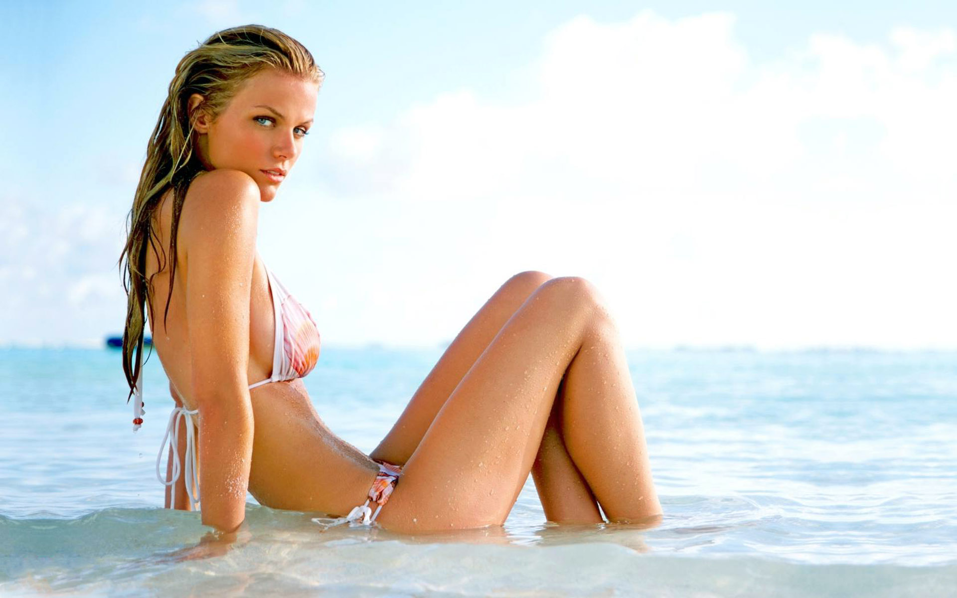 brooklyn-decker-wallpaper-hd