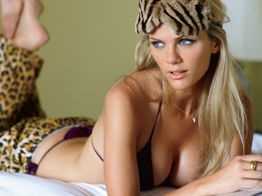 brooklyn-decker-www.hqimage.com-9999860