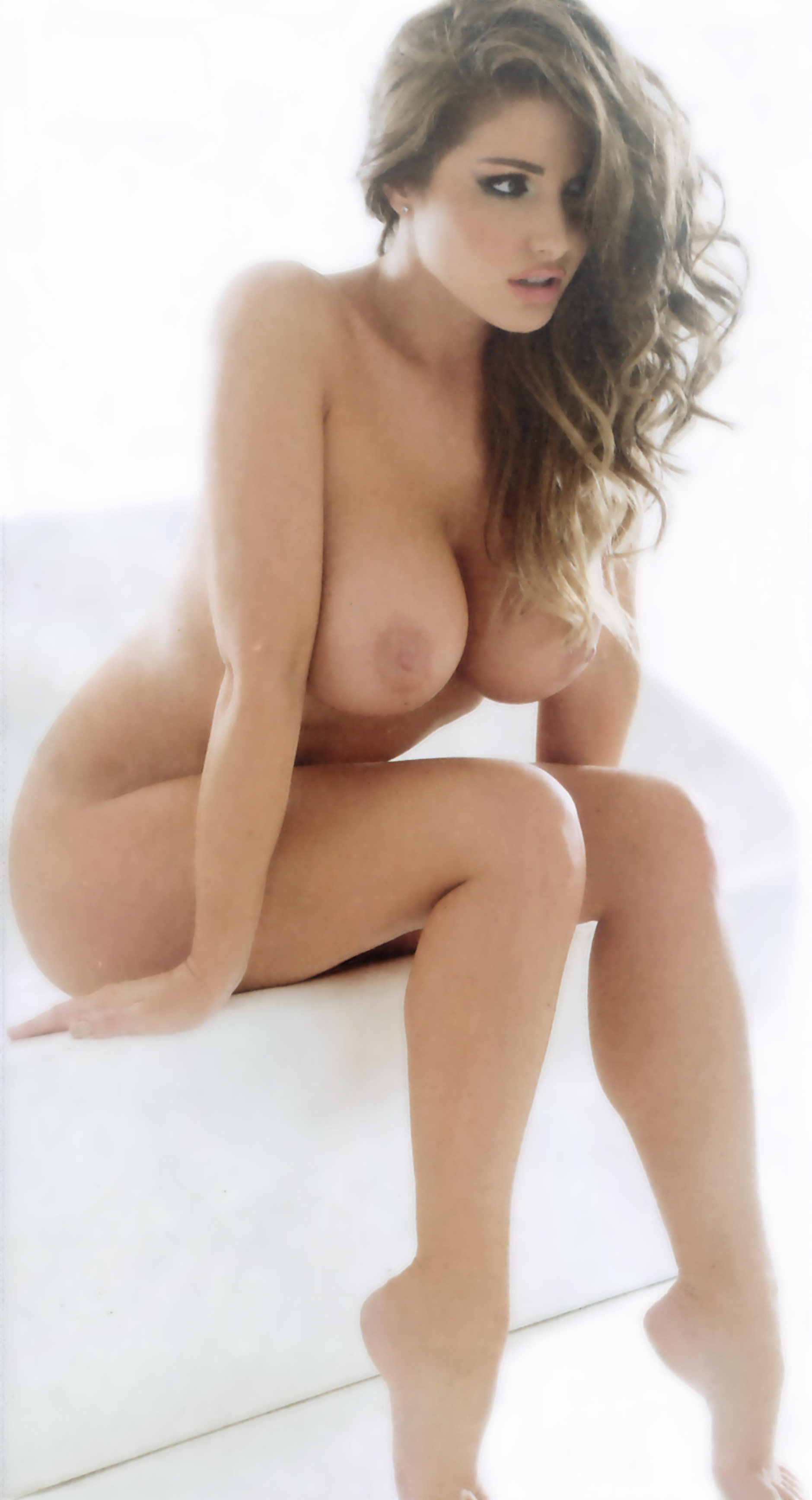 lucy pinder 3
