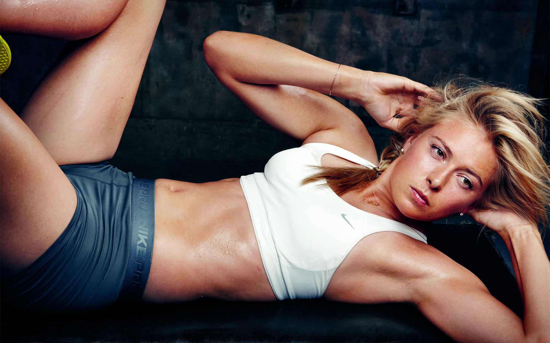 Maria-Sharapova-Sexy-Workout