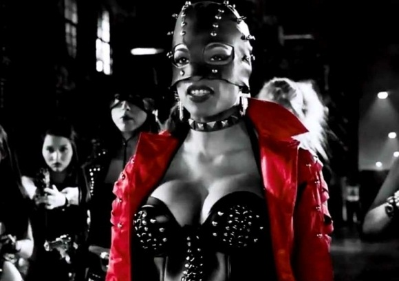 Rosario-Dawson-in-Sin-City-A-Dame-to-Kill-For-02-580x435