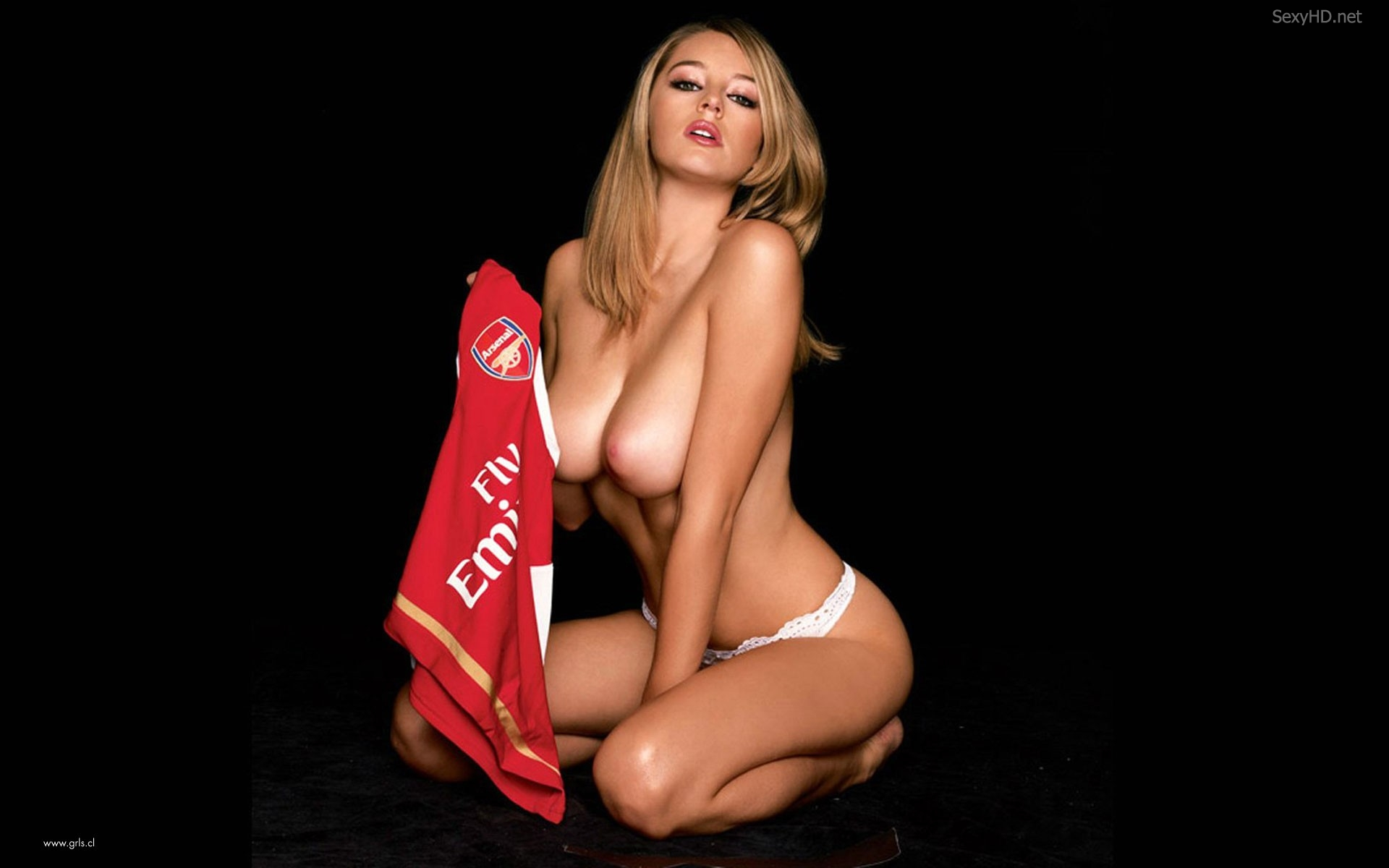 topless-keeley-hazell-arsenal-2015-2858