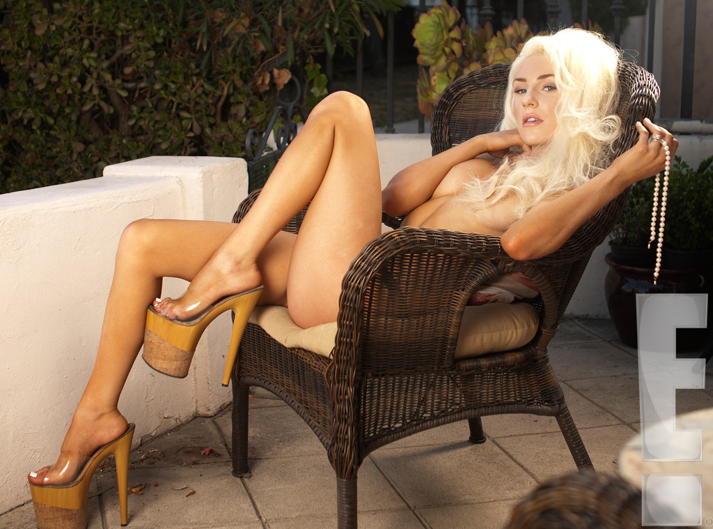 rs_1024x759-130528153816-1024.CourtneyStodden.Body15.mh.052813