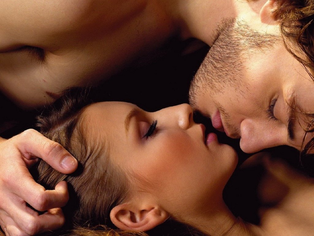 20-things-you-probably-didnt-know-about-kissing-2