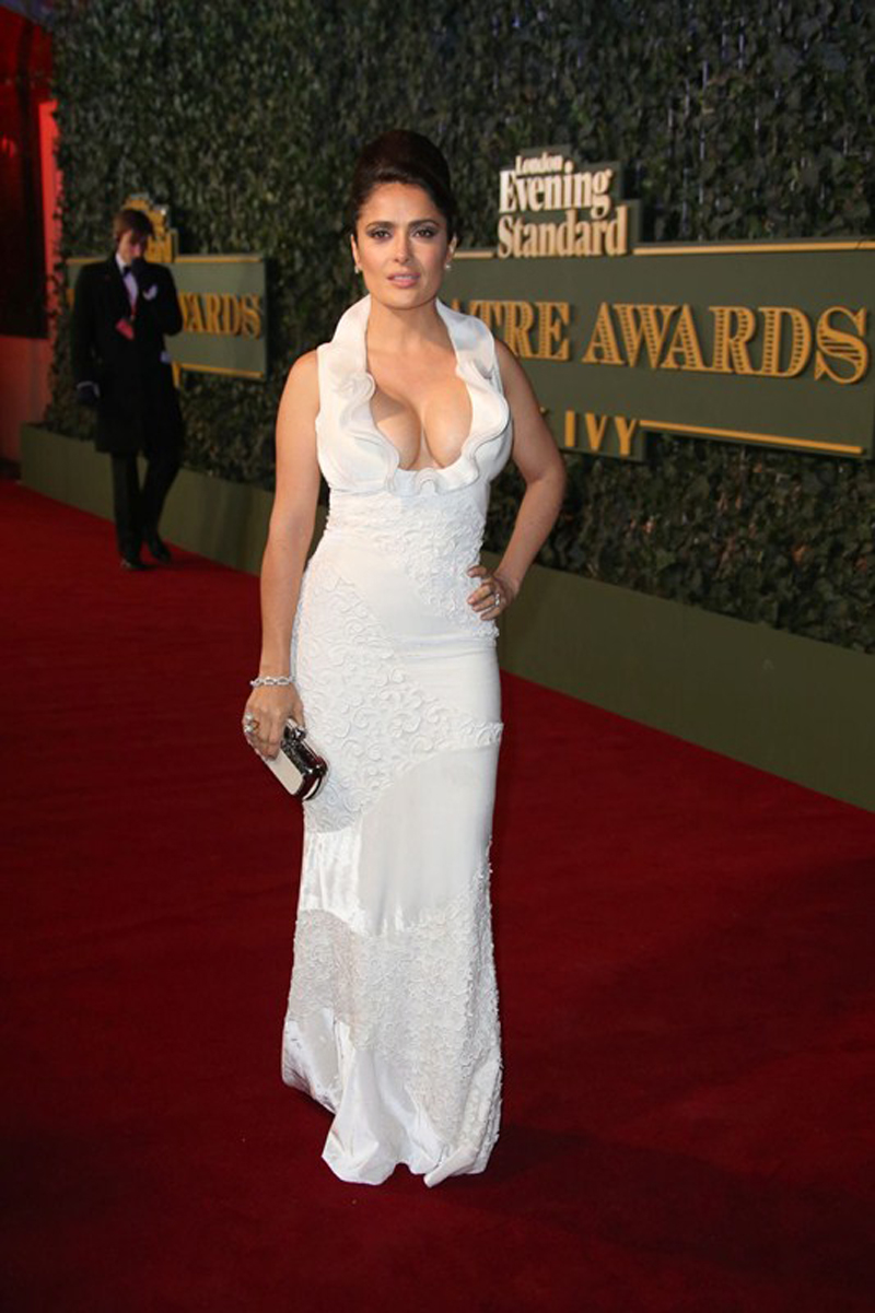 salma-hayek-at-evening-standard-theatre-awards-in-london-kanoni-3