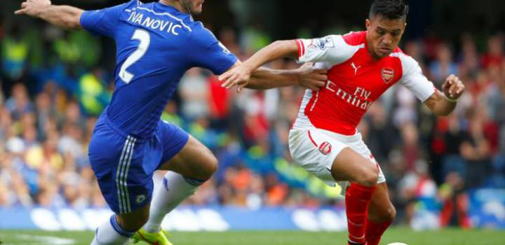 "Arsenal's Alexis Sanchez (R) is challenged by Chelsea's Branislav Ivanovic during their English Premier League soccer match at Stamford Bridge in London October 5, 2014. REUTERS/Eddie Keogh (BRITAIN - Tags: SPORT SOCCER TPX IMAGES OF THE DAY) NO USE WITH UNAUTHORIZED AUDIO, VIDEO, DATA, FIXTURE LISTS, CLUB/LEAGUE LOGOS OR ""LIVE"" SERVICES. ONLINE IN-MATCH USE LIMITED TO 45 IMAGES, NO VIDEO EMULATION. NO USE IN BETTING, GAMES OR SINGLE CLUB/LEAGUE/PLAYER PUBLICATIONS. FOR EDITORIAL USE ONLY. NOT FOR SALE FOR MARKETING OR ADVERTISING CAMPAIGNS"