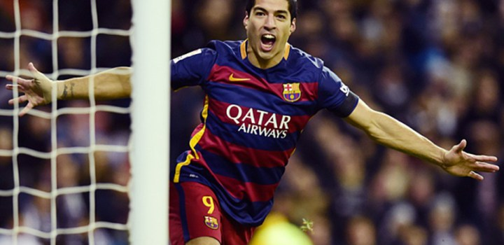 "Barcelona's Uruguayan forward Luis Suarez during the Spanish league ""Clasico"" football match Real Madrid CF vs FC Barcelona at the Santiago Bernabeu stadium in Madrid on November 21, 2015. AFP PHOTO/ JAVIER SORIANOJAVIER SORIANO/AFP/Getty Images"