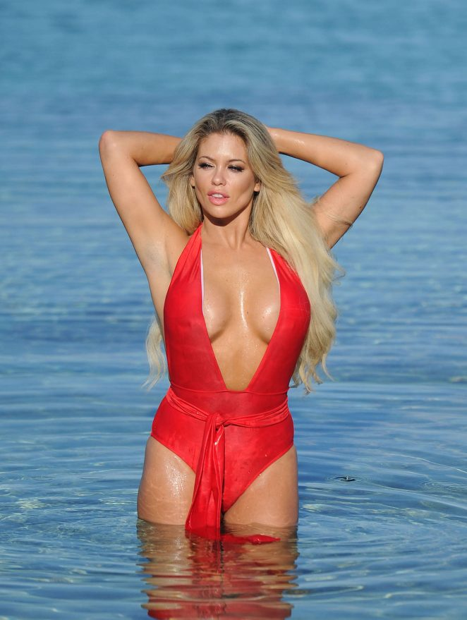 bianca-gascoigne-big-boobs-red-swimsuit-beach-mykonos-kanoni-7