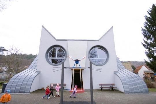 DieKatze, Cat Kindergarten, Wolfartsweier, Germany 1
