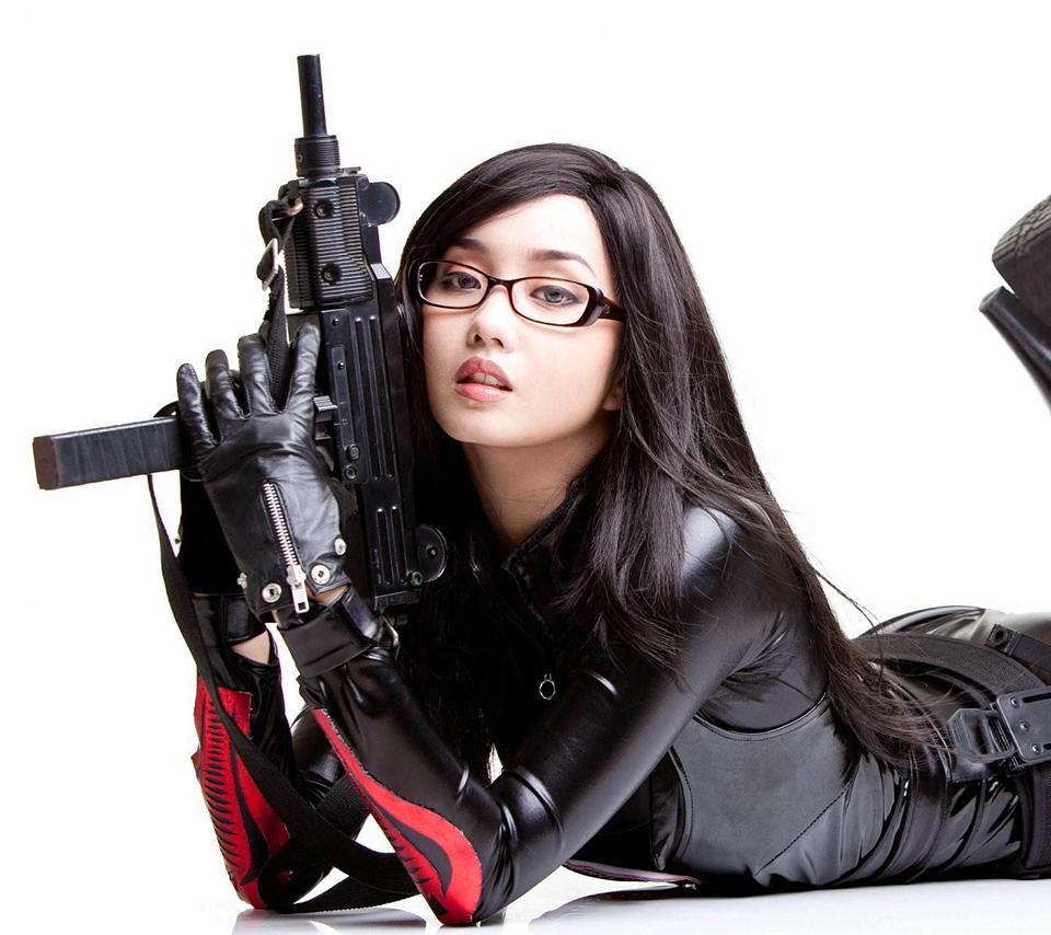 sexy women gun