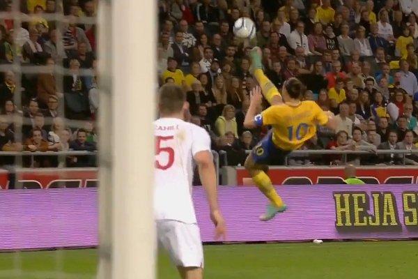 Zlatan-Ibrahimovic-bicycle-goal-vs-England