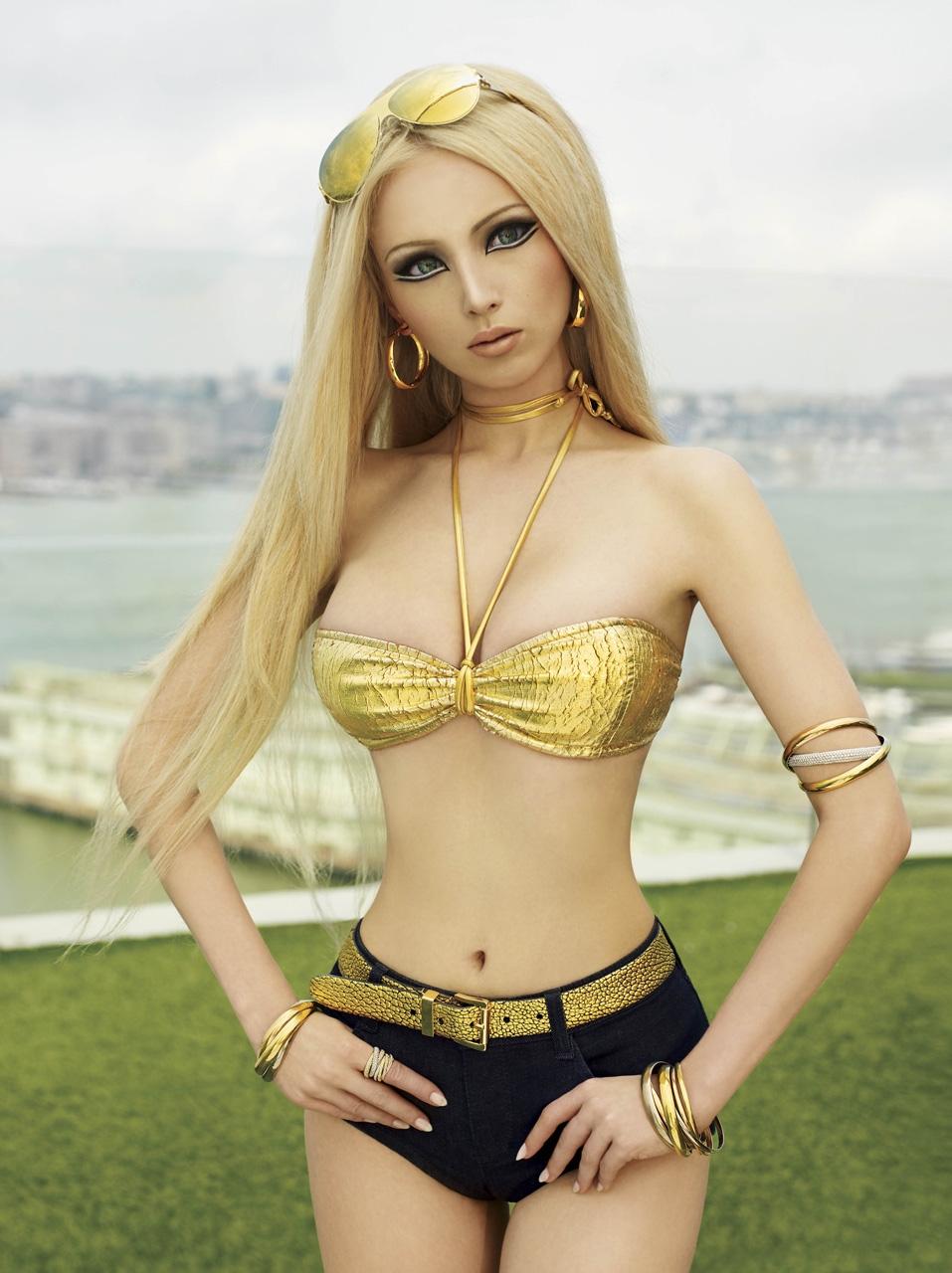 Valeria Lukyanova 1