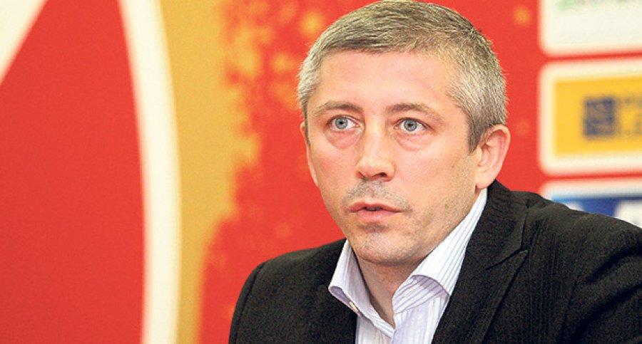 potpredsednik-fk-crvena-zvezda-slavisa-kokeza-ugovori-igraci-1364852826-290159