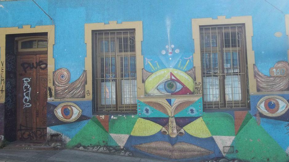 valparaiso-graffiti-arte-copa-america-15062015_1dk0qt29eoclz1kyh2vaziv6rk