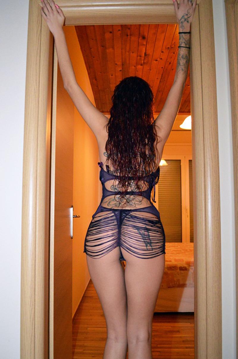 Maria-Alexandrou-Sexy-Lingerie-Photoshoot-Kanoni-3